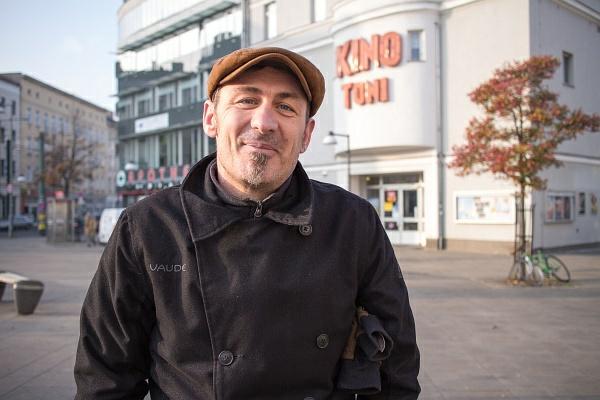 Sven am Antonplatz. Berlin-Weißensee
